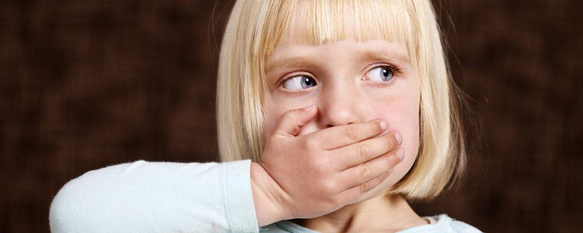 Что делать, если ребенок принес с улицы нецензурное слово?