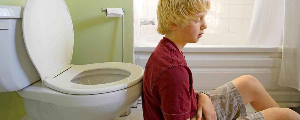 Симптомы и лечение пищевого отравления у детей
